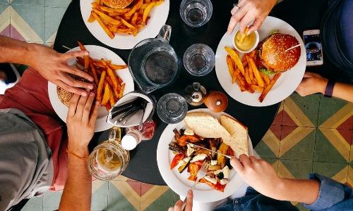 糖質制限中の外食について