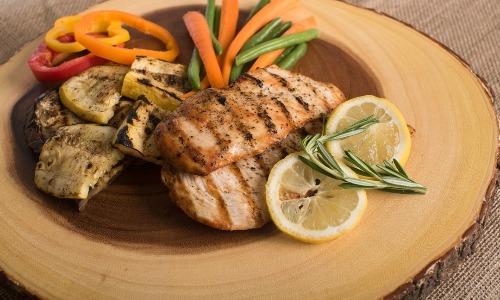たんぱく質の摂りすぎは肝臓に悪い? たんぱく質は体を壊すのか