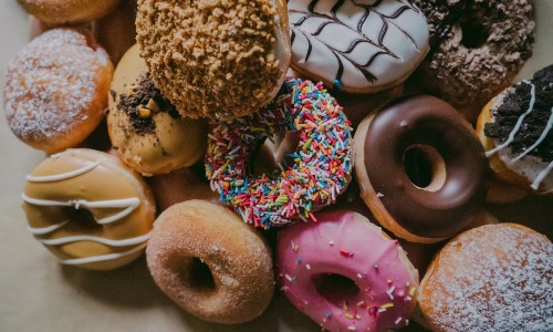 あなたの砂糖への渇望を減らす7つのヒント