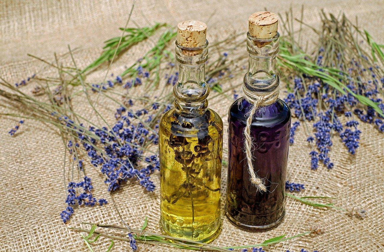 オリーブオイルは血糖値をゆるやかにしてくれる優しい油、便秘対策にも